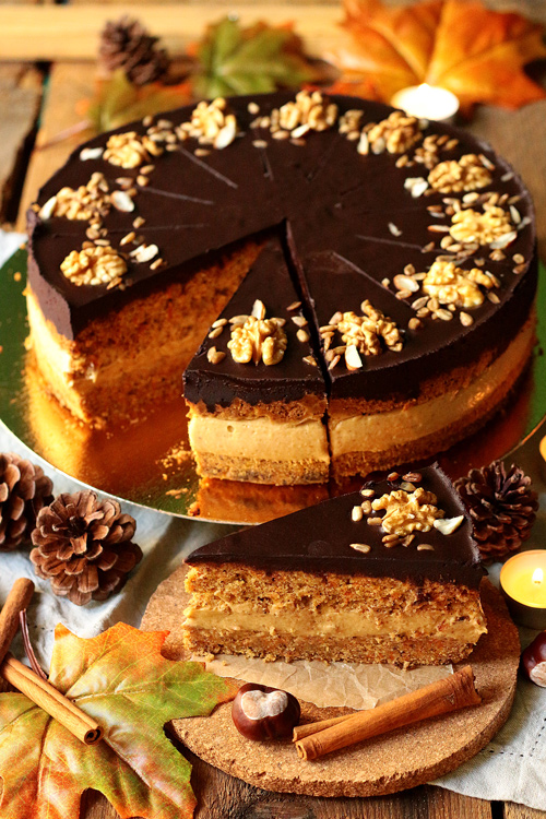 ciasto marchewkowe z kremem fistaszkowym bez cukru bez glutenu bez laktozy
