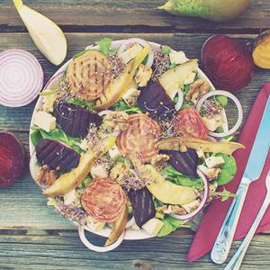 salatka-pieczony-burak-kolorowy-gruszka